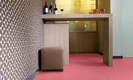 Vinyl harto roze interieurstoffering balkbrug